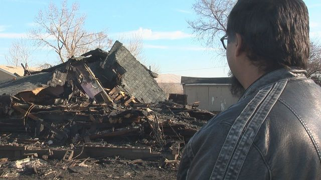 Fire Destroys Home Near Wapato