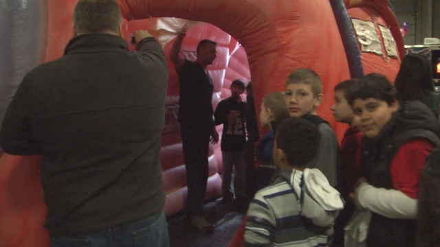 300 5th Graders Learn About Heart Health