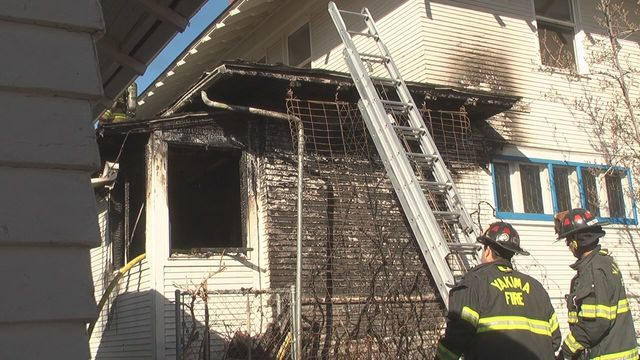 Fire Sparks Up at Yakima Home