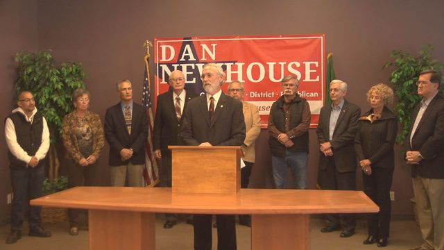 Newhouse Brings in Supporters