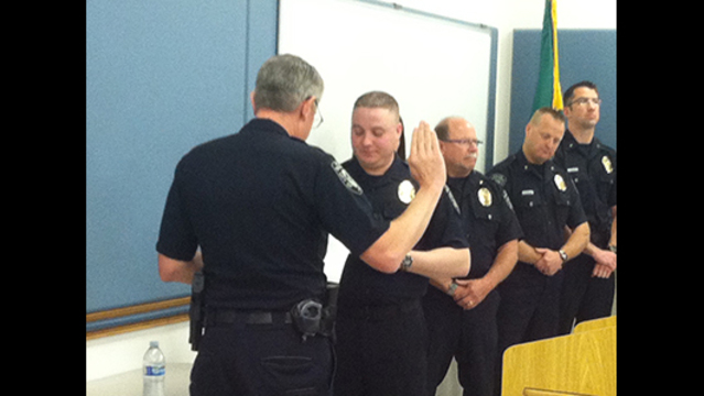 Kennewick Police Introduces New Officer This Morning