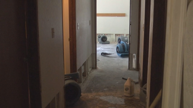 Kennewick Families Cleaning Up Sewage Water