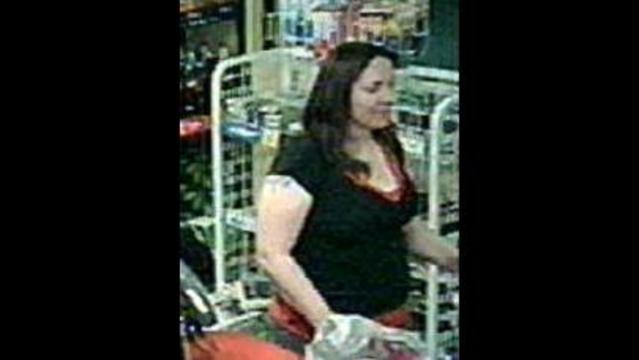 Pasco Police Seek Public's Help in Identifying Credit Card Fraud Suspect
