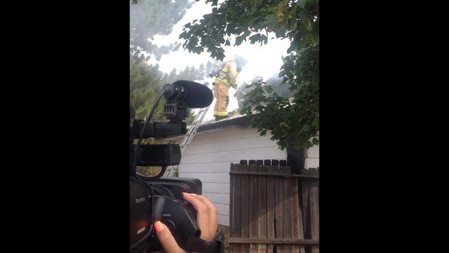 Multiple Agencies Work to Extinguish Kennewick House Fire