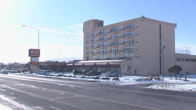Former Richland hotel employee breaks silence about alleged drugs and prostitution