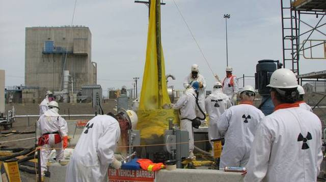 Double-Shell Tank AZ-101 at Hanford tested 3 times the contamination limit