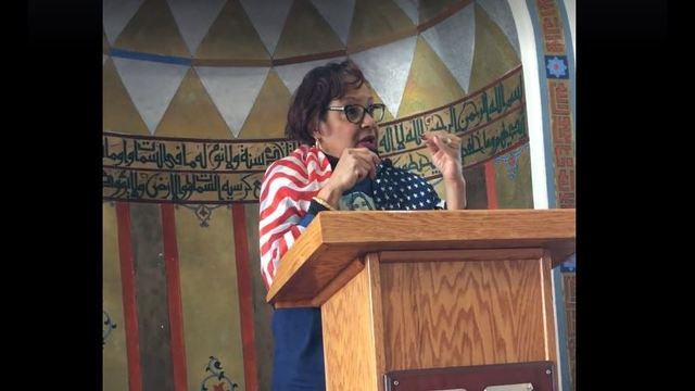 'I am...fashionable to hate': Immigrant moves crowd at local Islamic Center