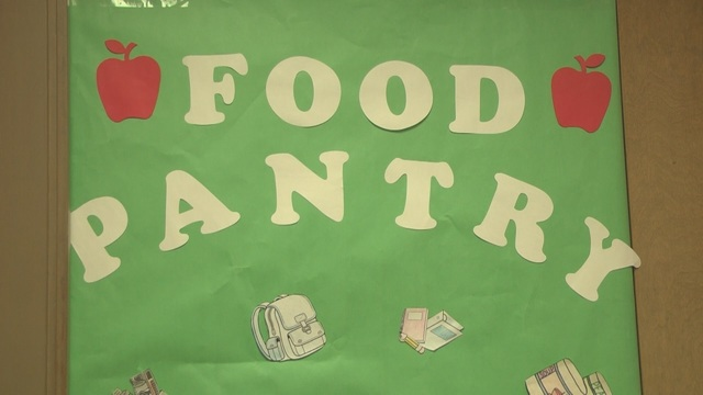 Food pantries feed hungry students in Prosser
