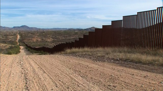 Hispanic builder on the Mexico wall: 'Work is work'