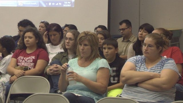 Prosser school district trains all district employees on new social media policy