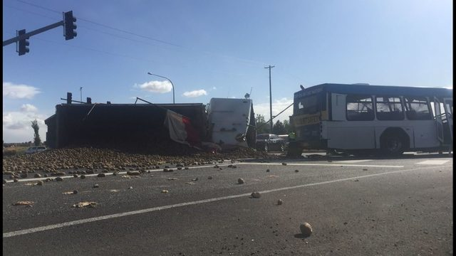 semi bus were lucky no one died here semi collides with transit bus